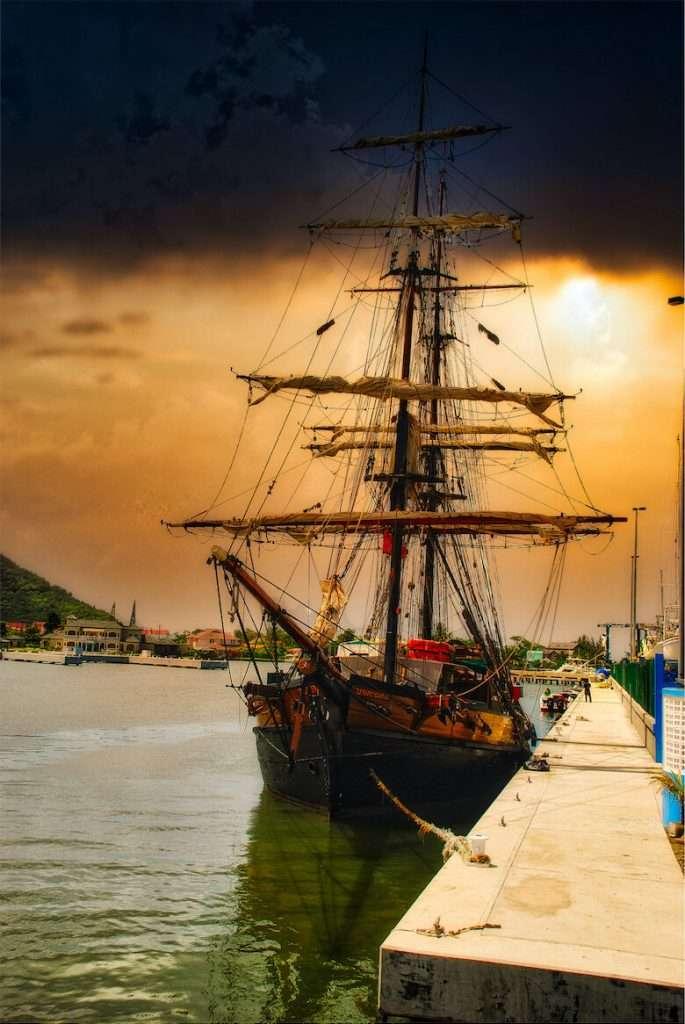 unicorn pirate ship story